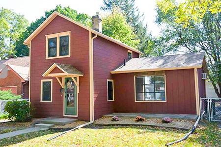ERP Rental Properties Iowa City Home 4 Bedrooms