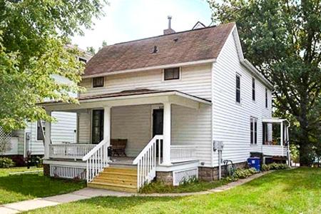 ERP Rental Properties Iowa City Home 3 Bedrooms